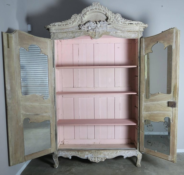19th Century, French Louis XV Style Armoire7