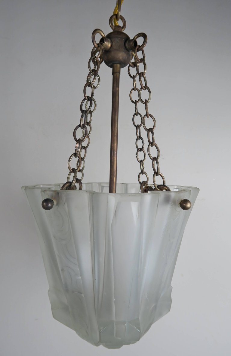 Pair of art nouveau hanging light fixtures melissa for Art nouveau lighting fixtures