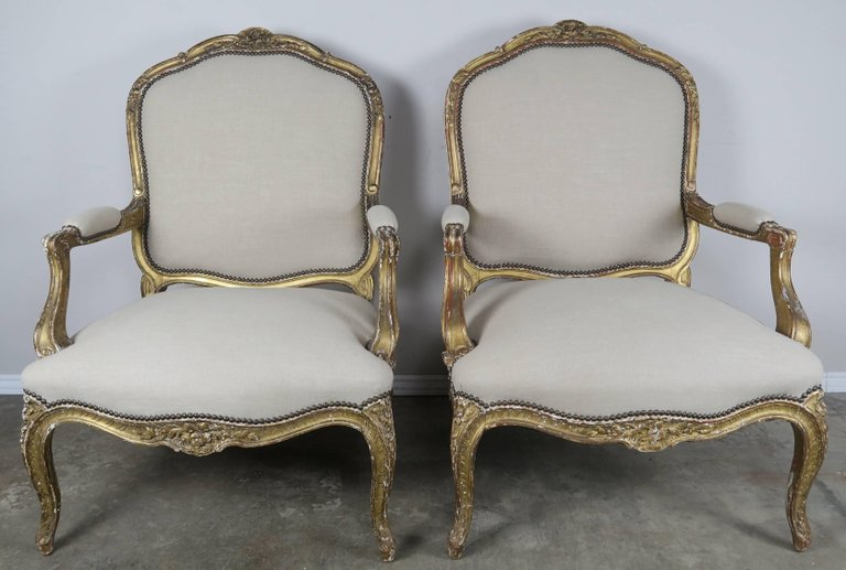 Pair of 19th Century French Giltwood Fauteuils 1