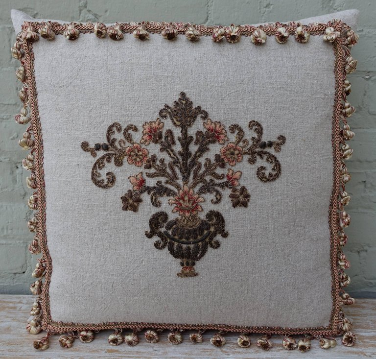 Custom Appliquéd Linen Pillows with Floral Urn 3