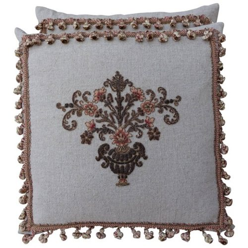Custom-Appliquéd-Linen-Pillows-with-Floral-Urn-500x500