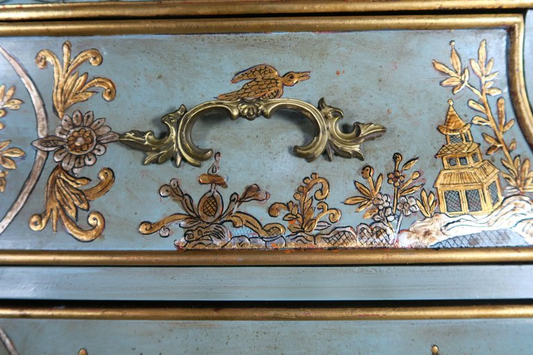 Pair of French Painted Chinoiserie Bombay Shaped Chests with Three Drawers Each 3