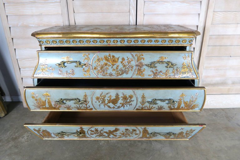 Pair of French Painted Chinoiserie Bombay Shaped Chests with Three Drawers Each 7