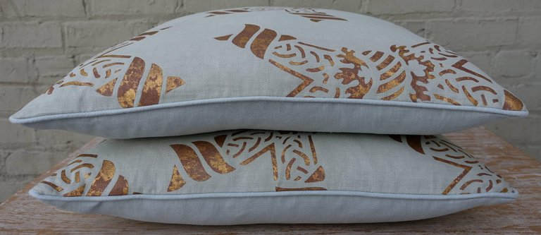 Pair of Gold Stenciled Nomi Linen Pillows by Melissa Levinson 2