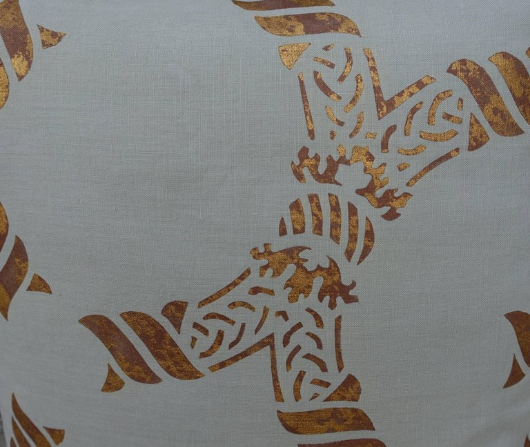 Pair of Gold Stenciled Nomi Linen Pillows by Melissa Levinson 4