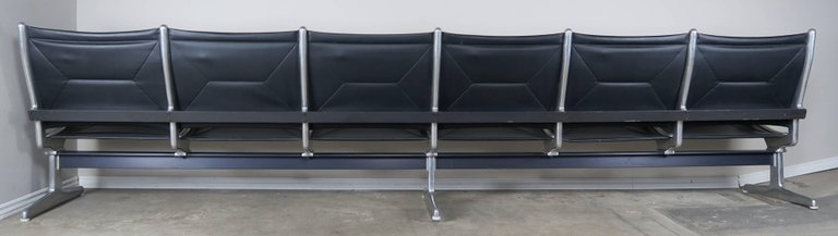 Tandem Sling Airport Leather Bench by Herman Miller