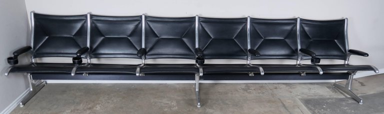 Tandem Sling Airport Leather Bench by Herman Miller 1