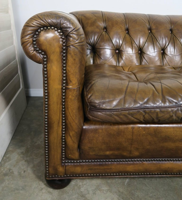 english tufted leather chesterfield style sofa 1930s melissa levinson antiques. Black Bedroom Furniture Sets. Home Design Ideas