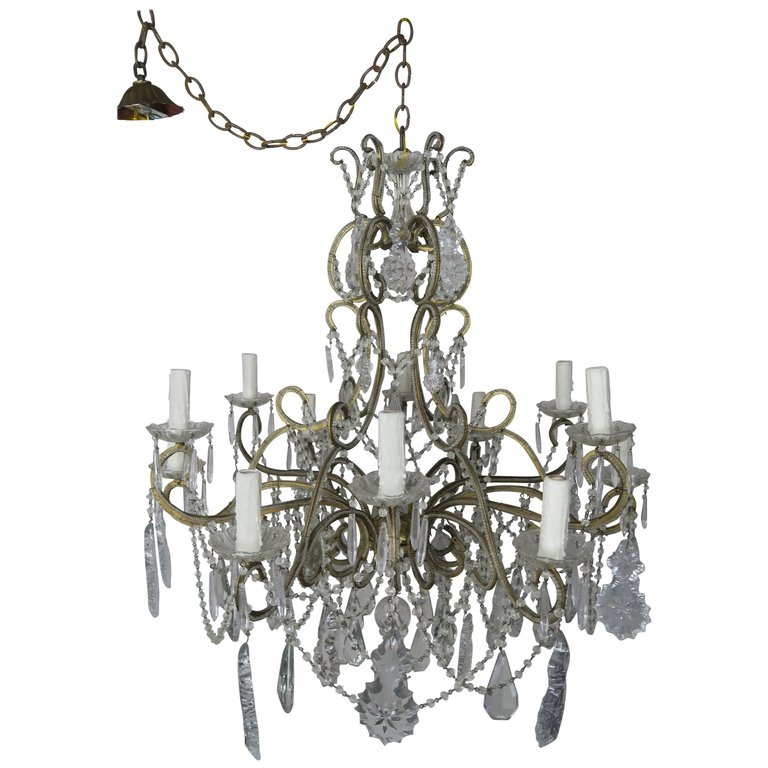 French Crystal Beaded Louis XV Style Chandelier, circa 1930s