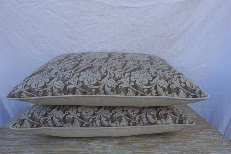 Pair of Cimarosa Patterned Greyish Brown and Silvery Gold Fortuny Pillows 1
