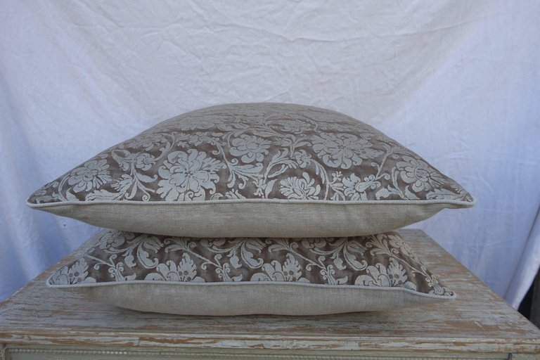 Pair of Italian Fortuny Cimarosa Patterned Pillows