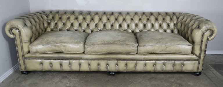 English Leather Tufted Chesterfield Sofa3
