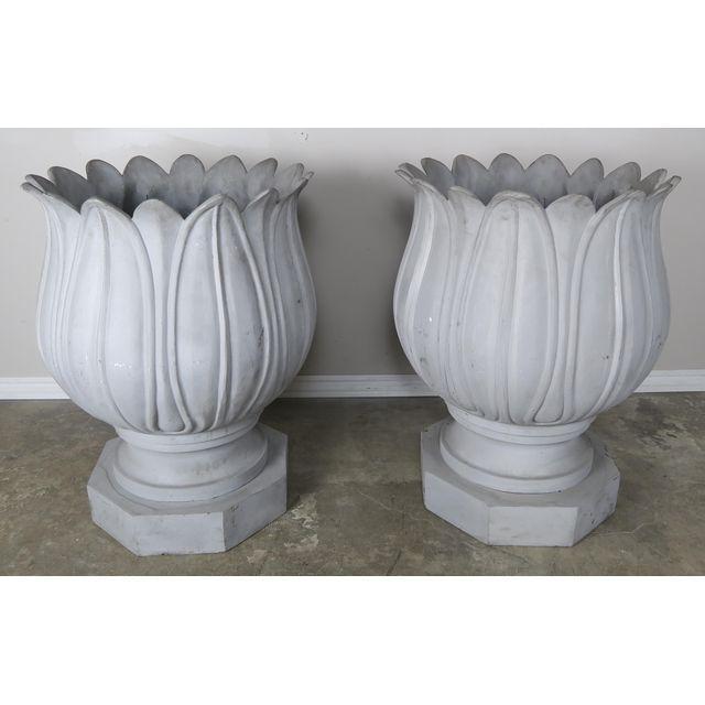 large-metal-flower-planters-a-pair-0094