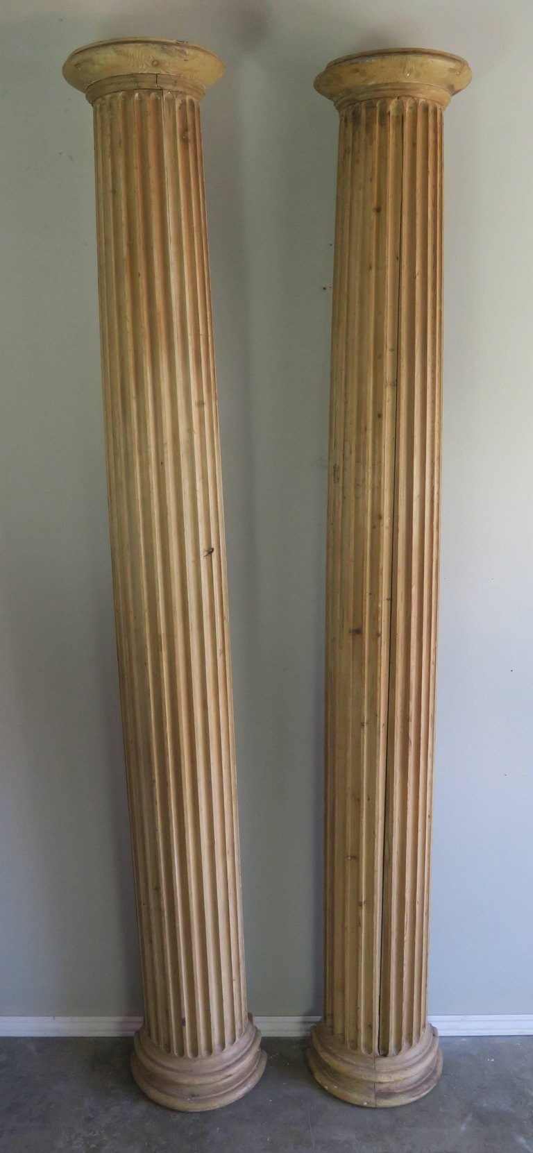 19th Century Italian Carved Pinewood Pilasters, Pair 1
