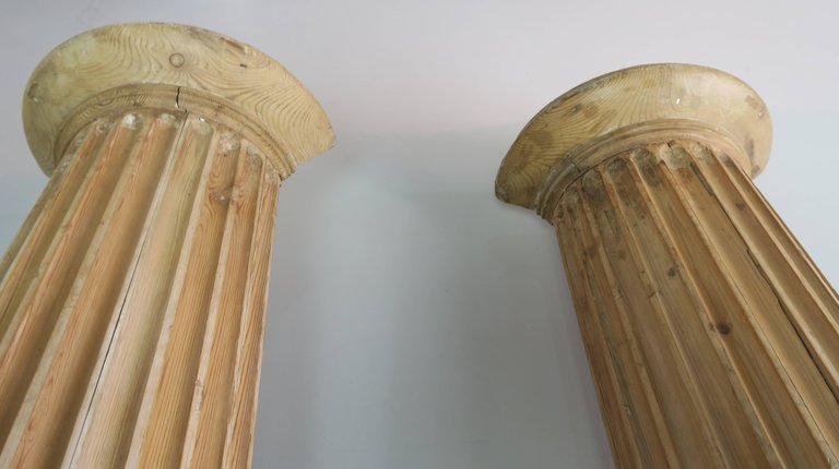 19th Century Italian Carved Pinewood Pilasters, Pair 10