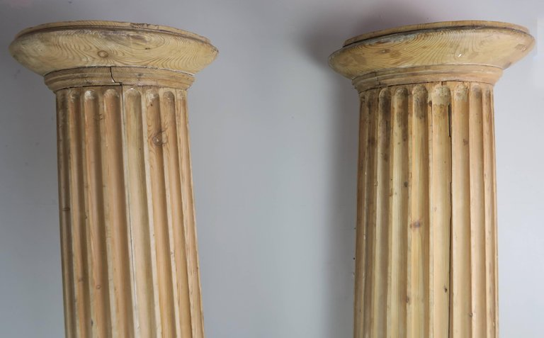 19th Century Italian Carved Pinewood Pilasters, Pair 8