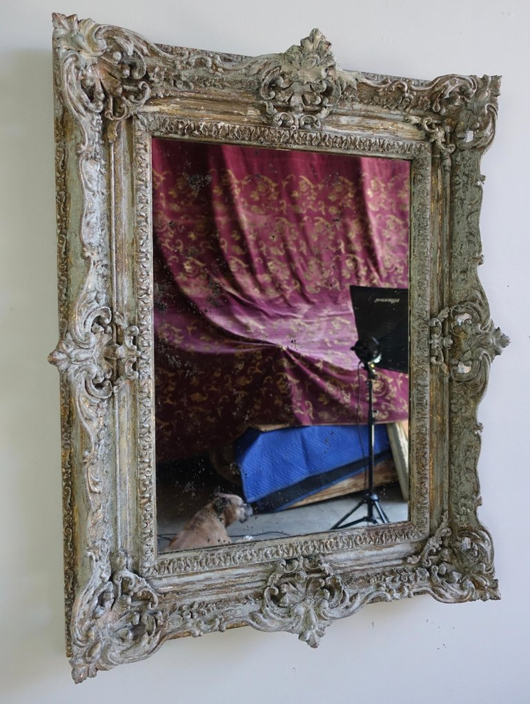 19th Century Painted and Parcel-Gilt French Frame with Mirror3