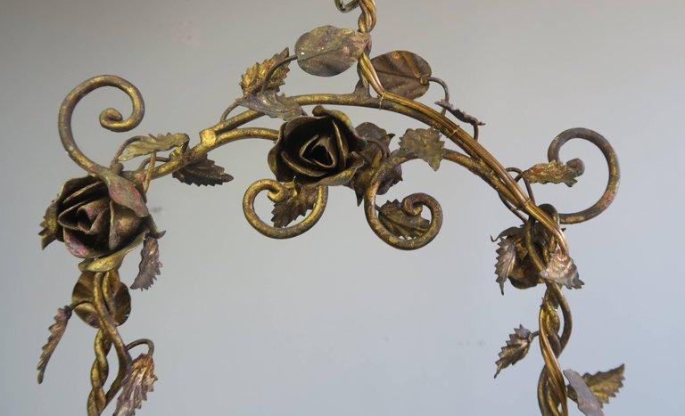 Italian Gilt Wood and Metal Cherub Chandelier, circa 1900
