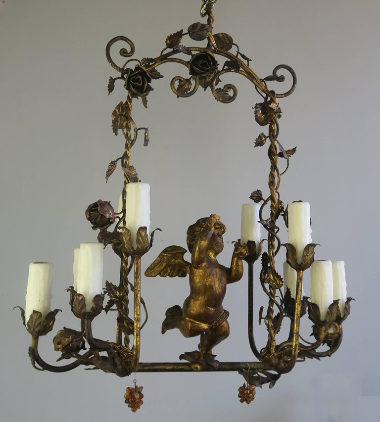 Italian Gilt Wood and Metal Cherub Chandelier, circa 1900 1