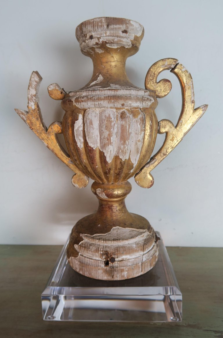 Pair of 19th Century Italian Giltwood Urn Fragments on Lucite Bases4