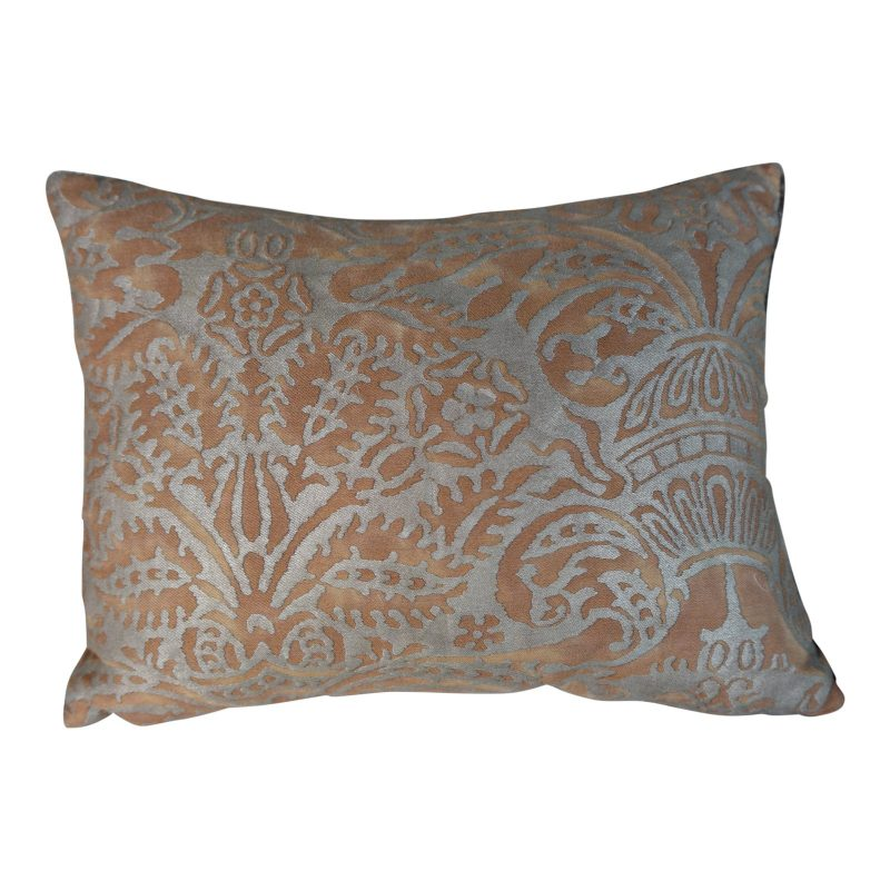 brown-and-silvery-gold-fortuny-pillow-8854