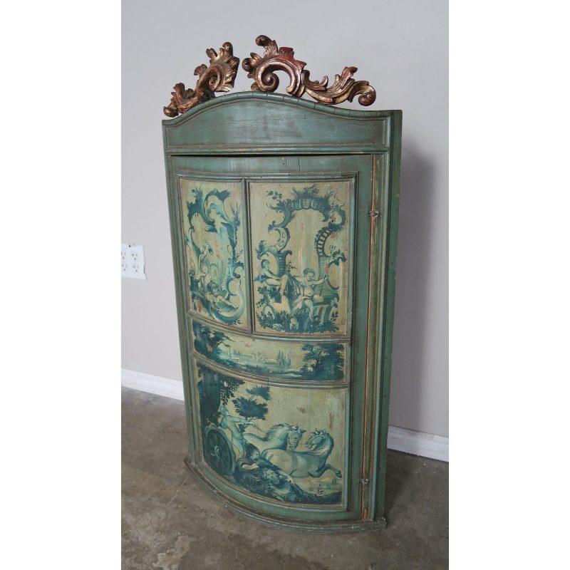 1930s-italian-painted-corner-cabinet-8382