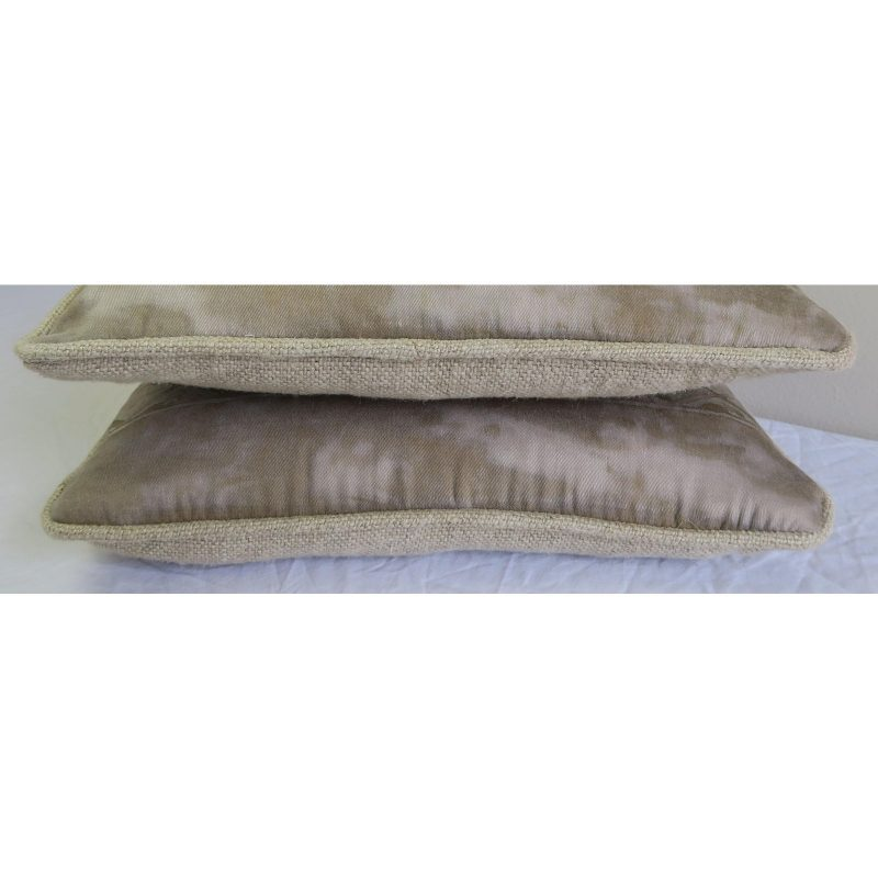 pair-of-fortuny-textile-pillows-4805 (1)