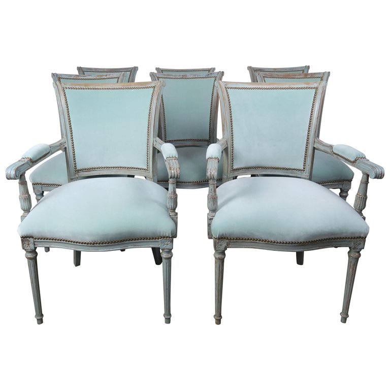 Set of Eight Neoclassical Style Velvet Upholstered Dining Chairs $7,500