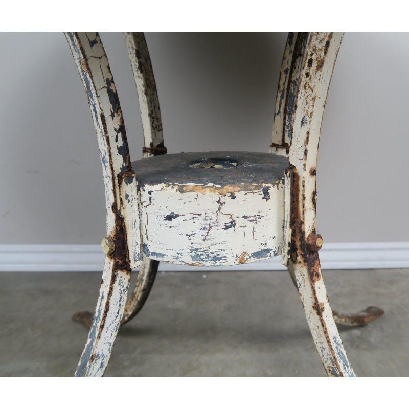 painted-metal-garden-table-2978