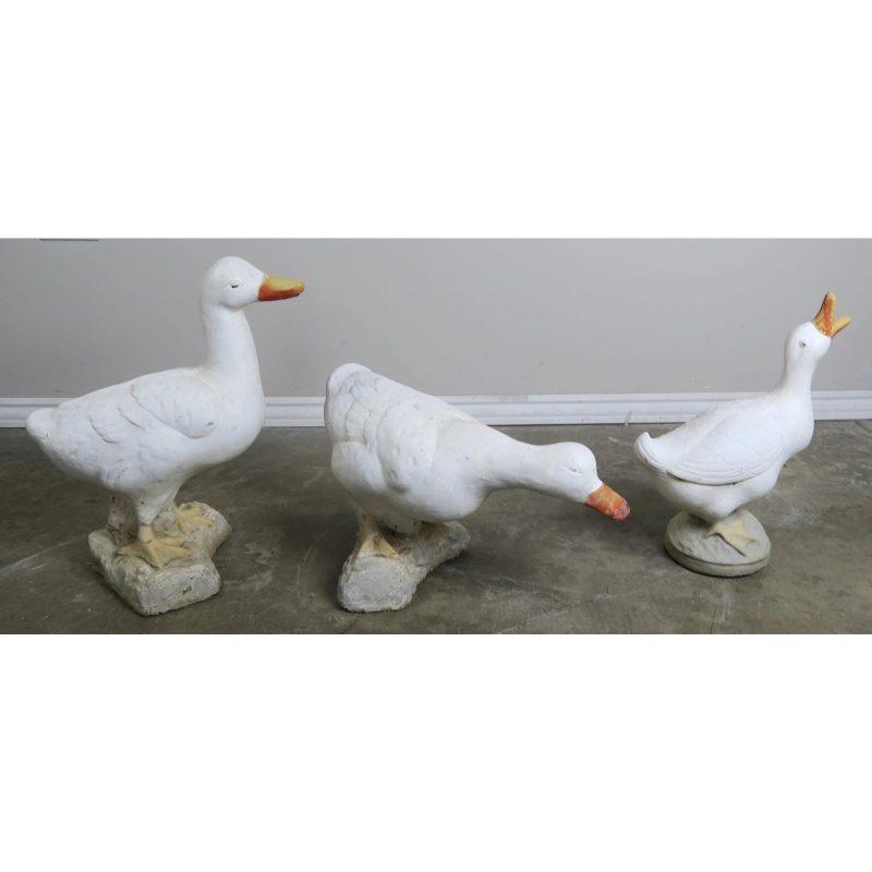 set-of-3-mid-century-painted-garden-ducks-9950
