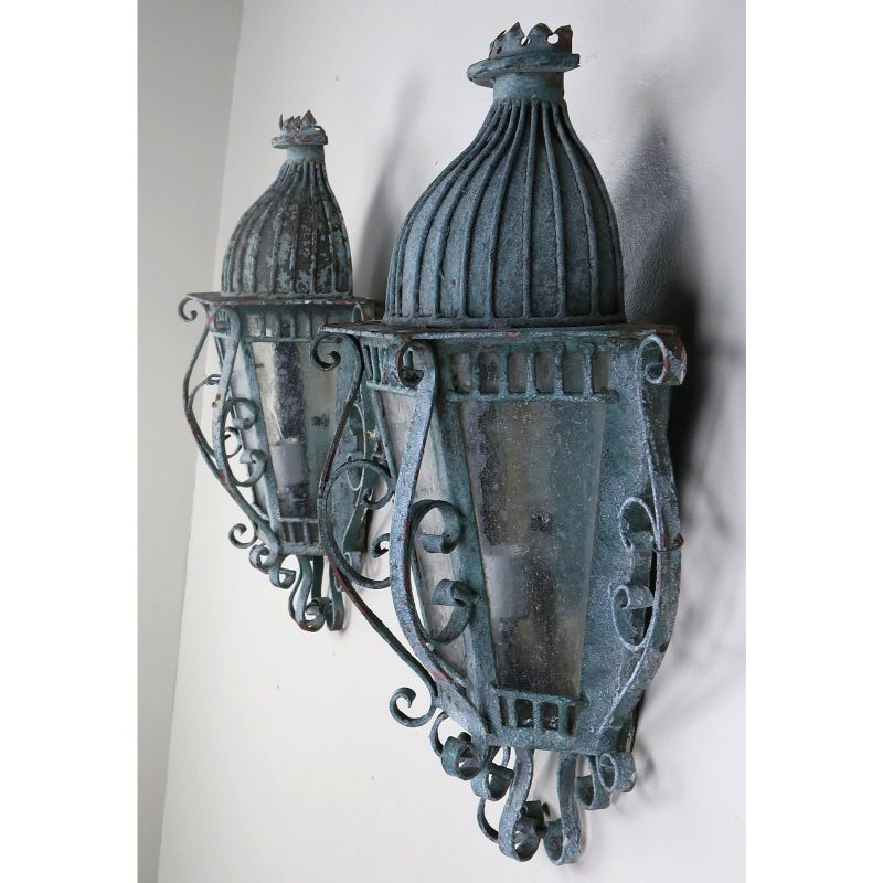 french-louis-xv-style-painted-wrought-iron-lantern-sconces-pair-0224