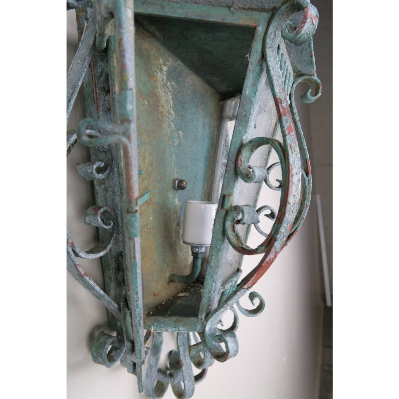 french-louis-xv-style-painted-wrought-iron-lantern-sconces-pair-5146