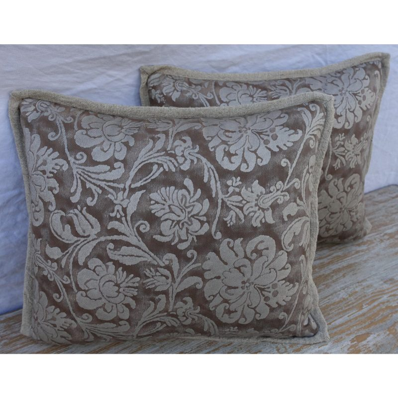 cimarosa-patterned-fortuny-textile-pillows-2539