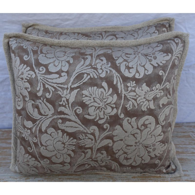 cimarosa-patterned-fortuny-textile-pillows-3069