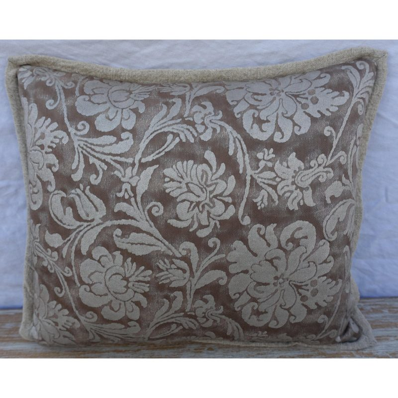 cimarosa-patterned-fortuny-textile-pillows-3366