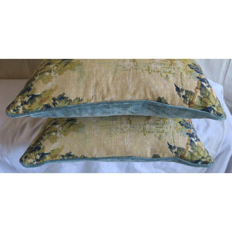 figural-printed-linen-pillows-pair-1627