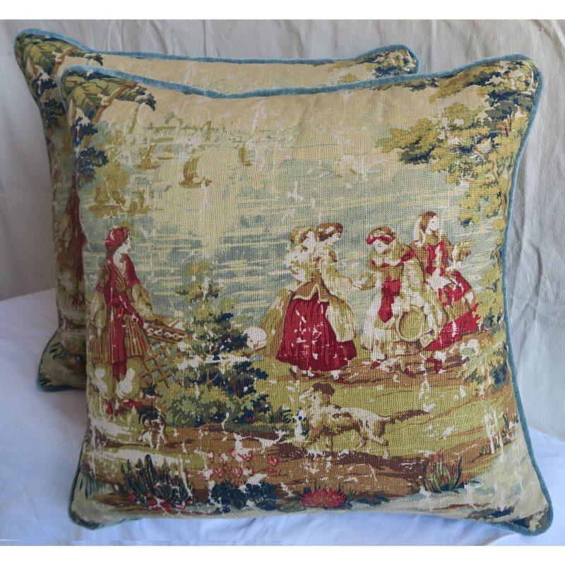 figural-printed-linen-pillows-pair-8066