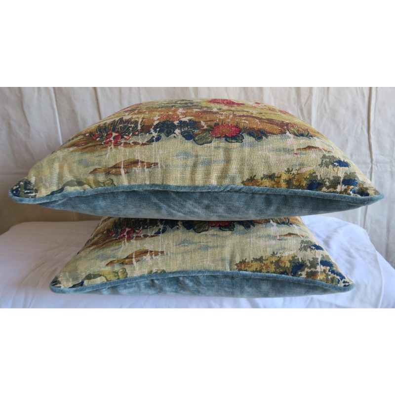 figural-printed-linen-pillows-pair-9010