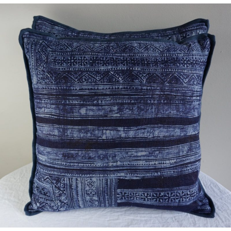 pair-of-custom-indigo-and-white-batik-pillows-0222